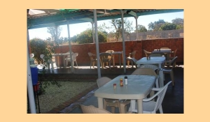 Choma Museum & Crafts Centre Facilities: Coffee Shop / Restaurant